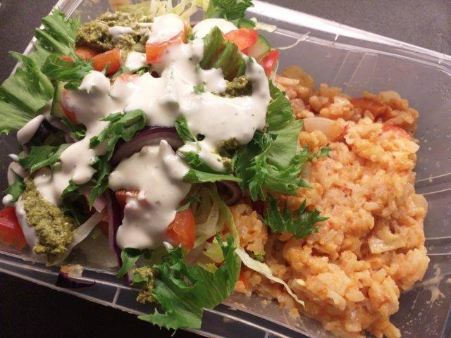 Reseptikuva: Vegaaninen riisi-paprikapaistos 1
