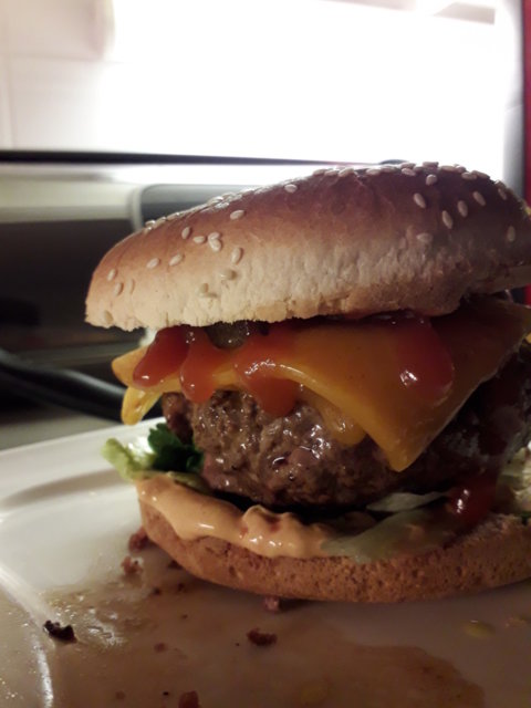 True burgeri 1