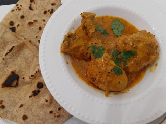 Reseptikuva: Kanaa joghurtti curryssa 1