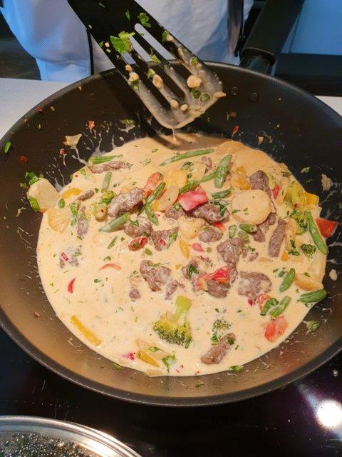 Thai-Bali wok kookosmaidolla 2