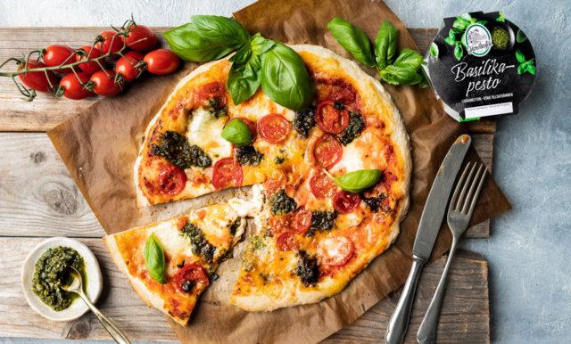 Reseptikuva: Basilikapesto-pizzatäyte 1
