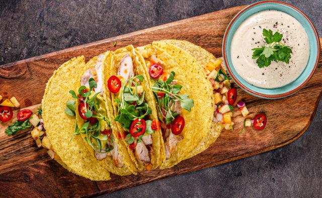 Reseptikuva: Kanatacot - Tacos de Pollo 1