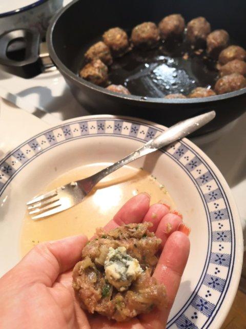 Reseptikuva: Hunajaiset Homejuusto-lihapullat 2