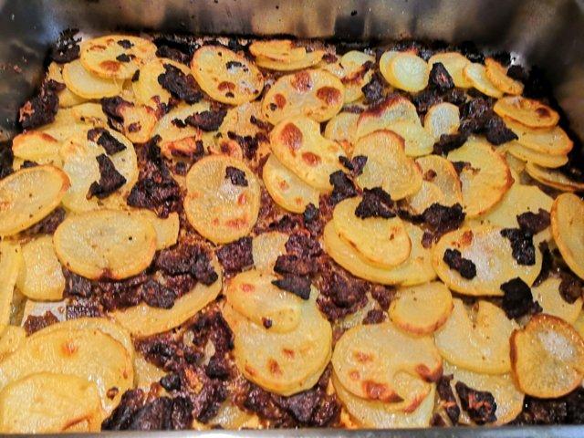 Reseptikuva: Kebab-valkosipuliperunat 1