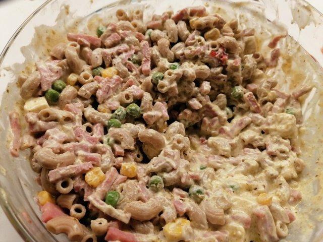 Reseptikuva: Kinkku-pastasalaatti 1