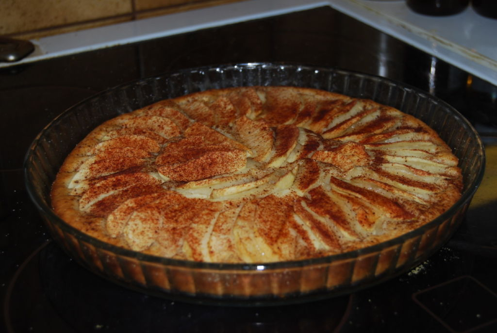 Omenapiirakka Resepti