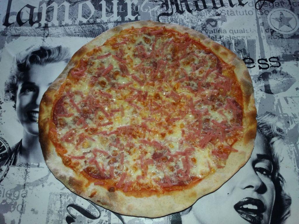 Hyvä Pizzapohja