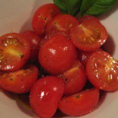 Marinoidut tomaatit