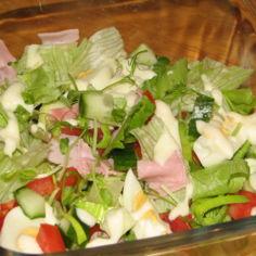 Lounas Salaatti