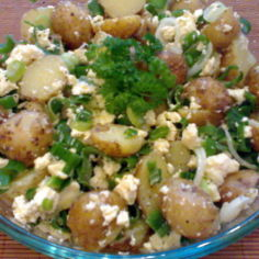 Feta-perunasalaatti