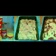 Nachot jauhelihasalsalla ja juustokastikkeella