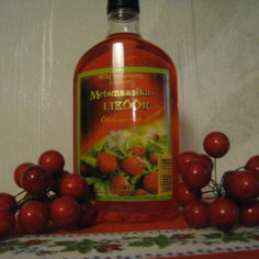 mansikkalikööri