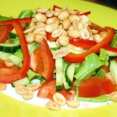 Suolapähkinäsalaatti
