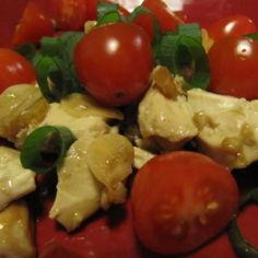 Tofu-palat tomaatilla