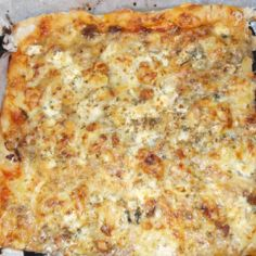 Kristan erilainen Pizza
