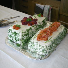 nopeat voileipäkakut (poro ja kylmäsavulohi)