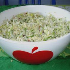 Ruokaisa kesänkeveä salaatti