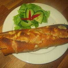 Le hot-dog [löotdog] ranskalaisittain
