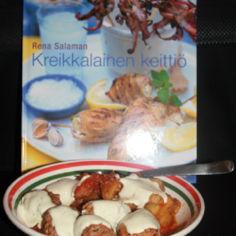 Yiouvarlakia eli lihapyörykät täyteläisessä tomaattikastikkeessa
