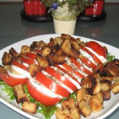 Tomaatti/mozzarella salaatti