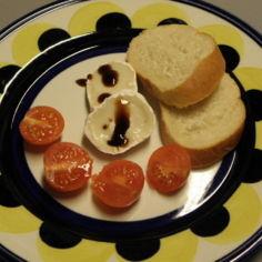 vuohenjuusto-lautanen