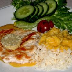 Broiler Pihvit  Currykastikkeella