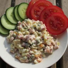 """Salaatti """"Olivje"""" by USSR"""