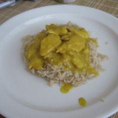 Kevyt curry-kanakastike