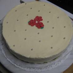 Valkosuklaa-juustokakku