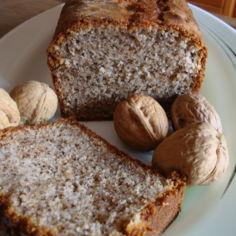 Pähkinäinen kuivakakku