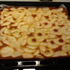 Omena-/mustikkapiirakka