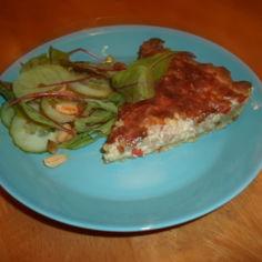 Pizzamainen jauhelihapiirakka