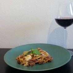 Hirvittävän hyvä lasagne