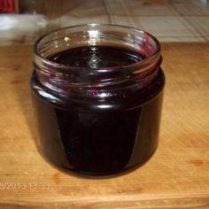 Mustaherukkahillo  ( säilyke, vegaani )