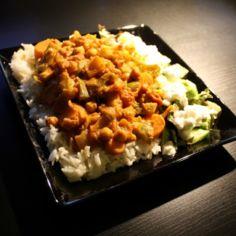 Laiskan herkkusuun pähkinäinen currykastike