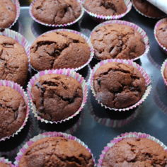Marianne-/Daim-suklaa muffinsit (resepti kopioitu)