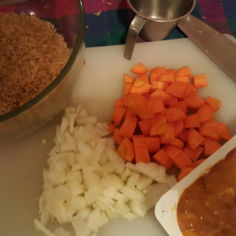 Kanaa ja riisiä uunissa