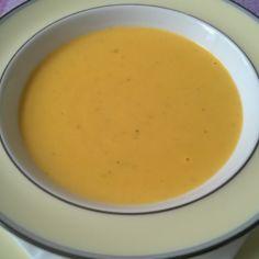 Mummon porkkanasosekeitto