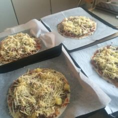 tortilla pizza (nopea)