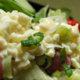 Perinteinen salaatinkastike