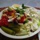 Tulinen salaatinkastike + salaatti