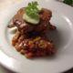 Porsaan ulkofileepihvi, maustevoi & persikkasalsa